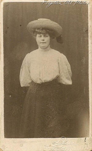 Marie Siverson CdV DL Antiques
