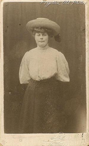 Marie Siverson CdV DL Antiques