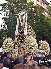 exorno-floral-centenario-coronacion-canonica-año-jubilar-mariano-angustias-granada-alvaro-abril-vela-2013-(47).jpg