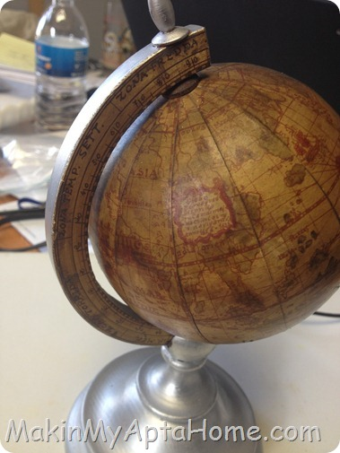 http://makinmyaptahome.com/2012/11/a-thrifty-globe-update.html
