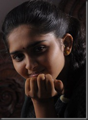 sanusha-closeup hot still