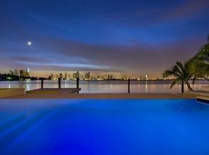 iluminacion-piscina-diseño-infinito-Miami-Beach