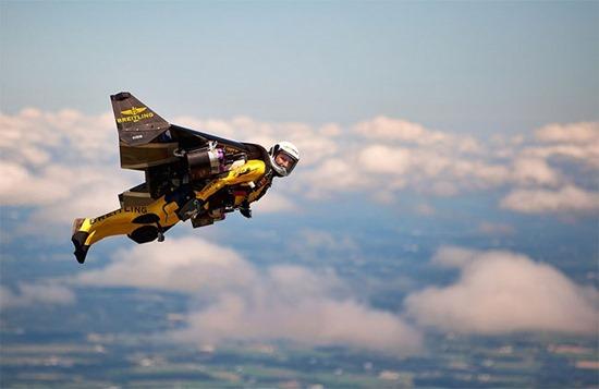 Jetman Yves Rossy (3)
