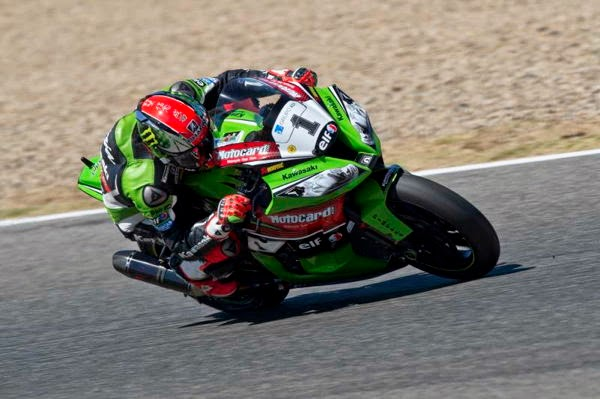 sbk-2014-magny-cours-sykes-sp2.jpg