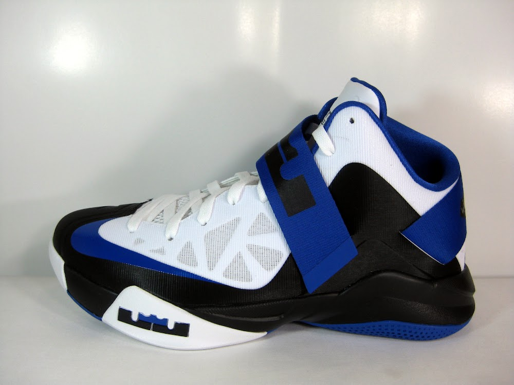 new arrival c632c e3428 Zoom Soldier 6 Game Royal Available at Eastbay Sample vs GR ...