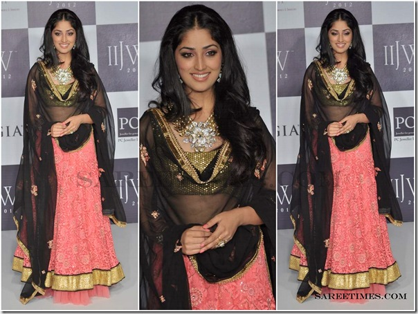 Designer_Saree_@_IIJW_2012
