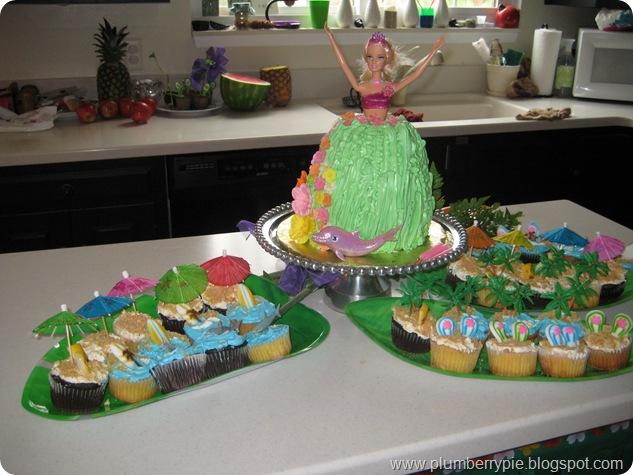 barbie luau dolphin cupcakes