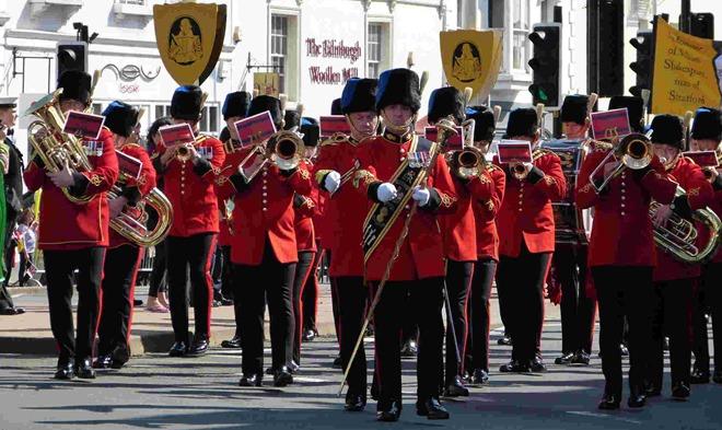 Royal Engineers Band на праздновании дня рождения Шекспира в Стратфорде