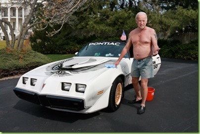 Shirtless-Biden-R_thumb[2]