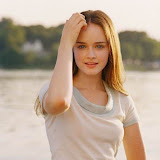 Alexis Bledel [from www.metacafe.com] #37.jpg
