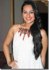 sonakshi_sinha_beautiful_still