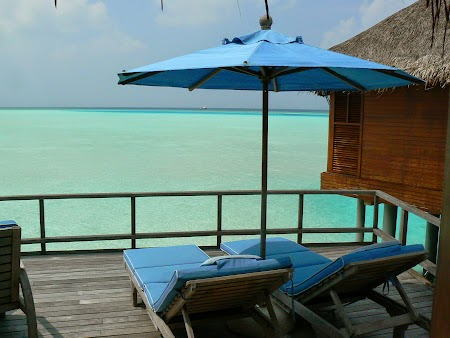 21. Terasa water villa Maldive.JPG