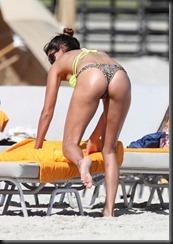 Leryn Franco Franco_shows_off_her_ass_ets_Ms8j9WKd1fqx