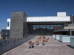 fachada-edifcio-contemporaneo-refromado