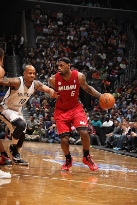 lebron james nba 130130 mia at bro 05 LeBron Torches Nets in Angry Mode. Debuts LeBron X No. 17!