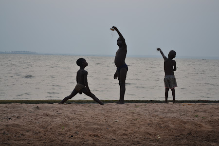 Voluntar in Africa: pe malul marii in Togo