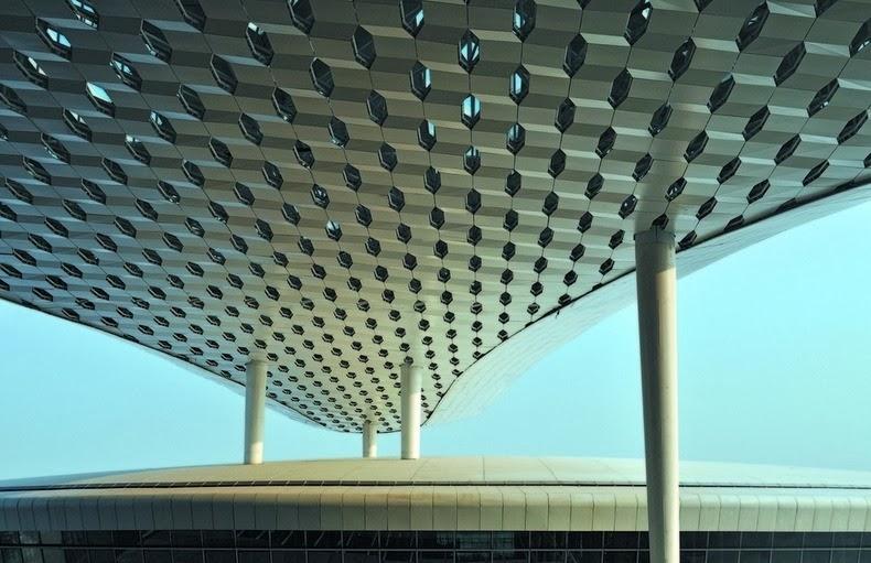 Shenzhen Opens Flashy New Airport Terminal
