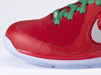nike lebron 9 gr christmas 8 05 Throwback Thursday: Look Back at LBJs 2011 Christmas Shoes