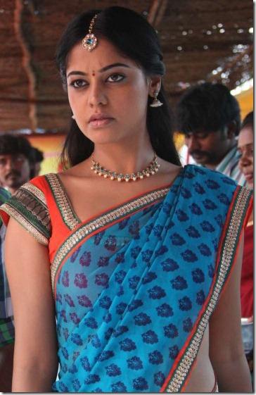 Vimal, Bindu Madhavi in Desingu Raja Tamil Movie Stills