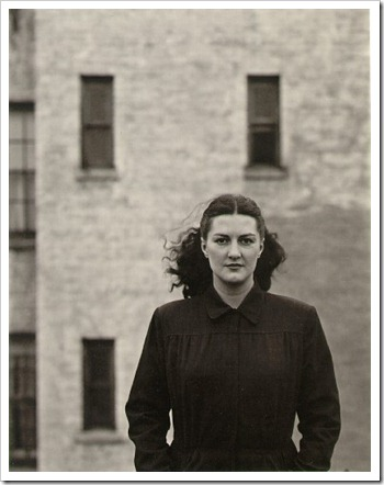 Harry_Callahan_Eleanor_New_York_1945