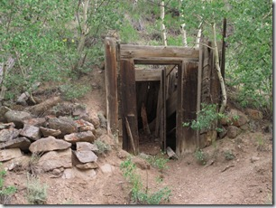 459 mine shaft (640x480)