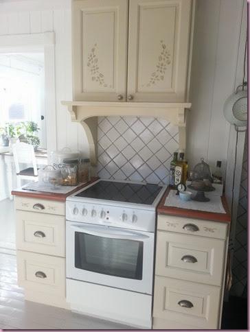 Lene's hus og hage: hvitt kjøkken…