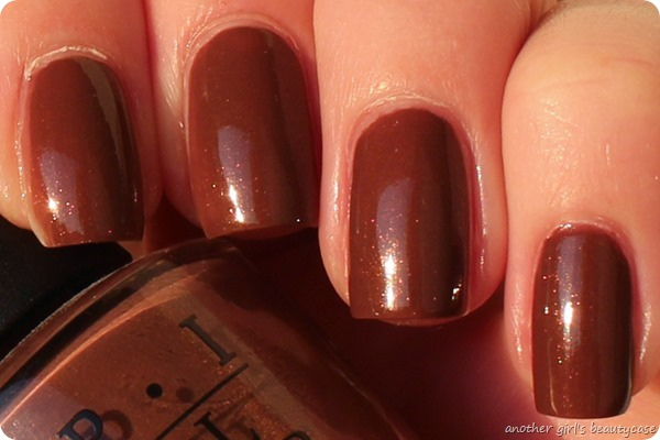 LackeinFarbeundbunt OPI Wooden Shoe Like To Know Swatch (4 von 4)
