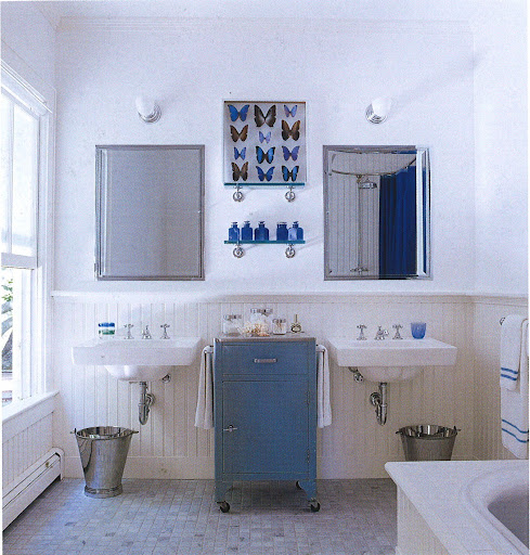 Big fan of the symmetry in Sarah Jessica Parker's bathroom (photo by William Waldron).