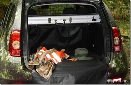 Dacia Duster speciale jagersuitvoering 04