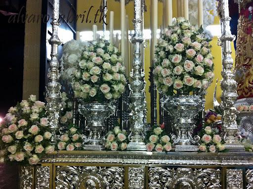 exorno-floral-salud-granada-hermandad-salesianos-semana-santa-2012-alvaro-abril-(23).jpg