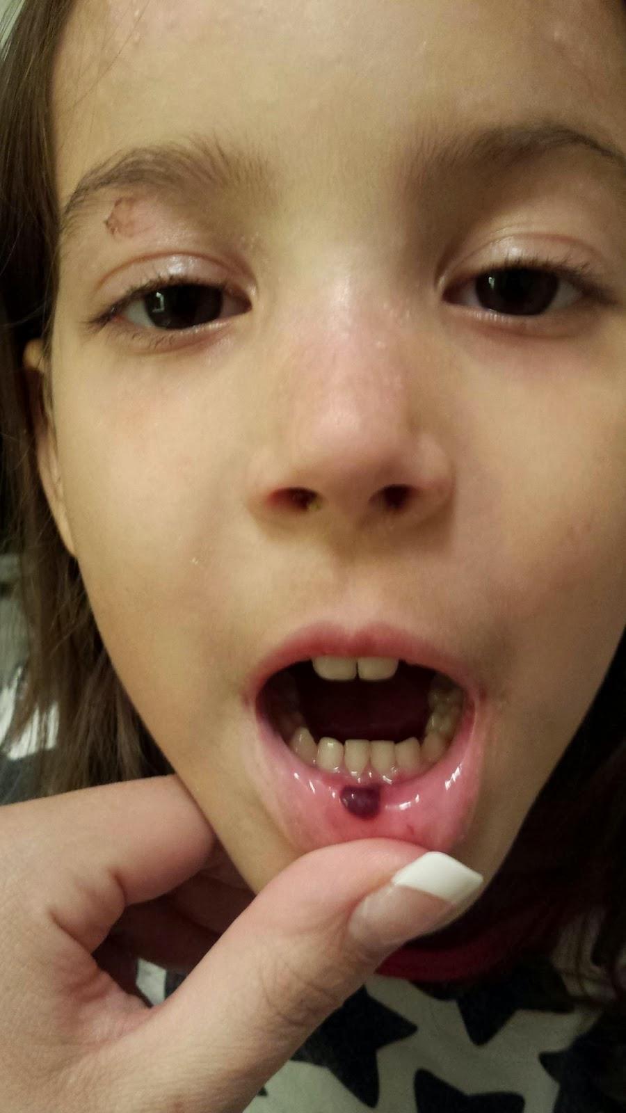 kvinnerollen i dag sprute i munnen