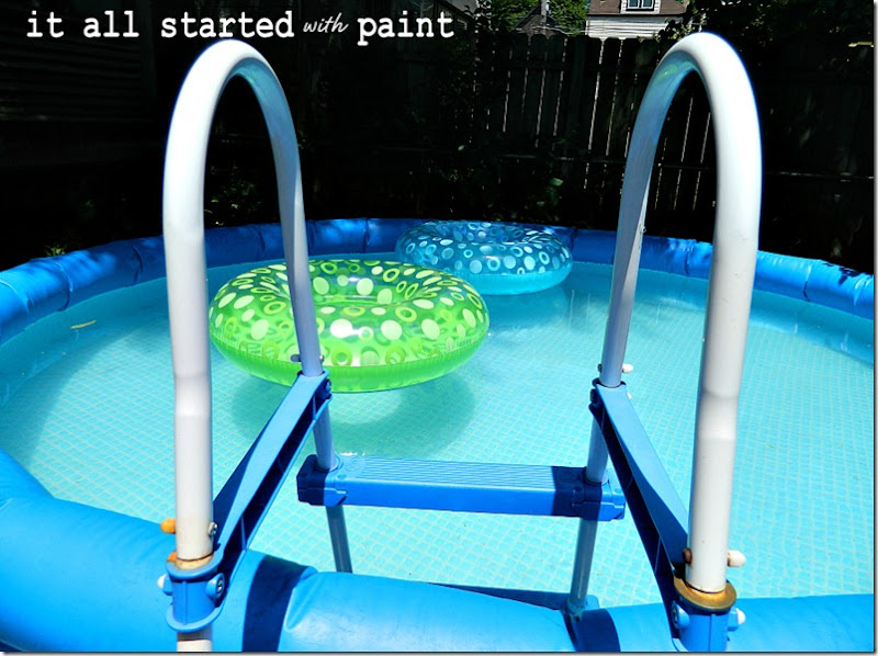 above-ground-pool-with-ladder