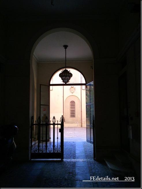 Cortile interno di Ferrara - Inner courtyard of Ferrara, Italy