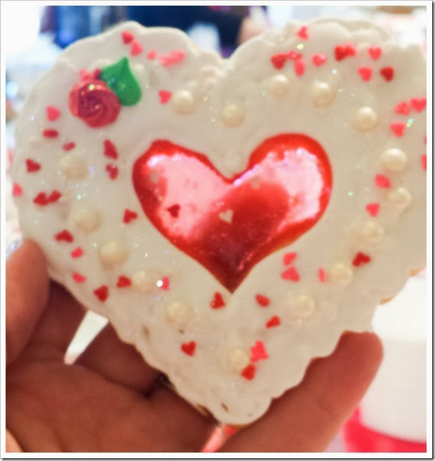 Valentine's Day Decorated Cookies-114632