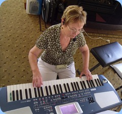 Birthday Girl, Diane Lyons, entertained us on her Korg Pa500 including some great vocals as well. Diane used a wi-fi microphone whilst singing.
