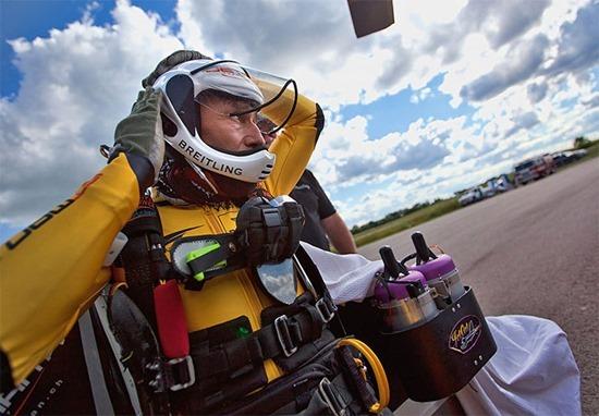 Jetman Yves Rossy (2)