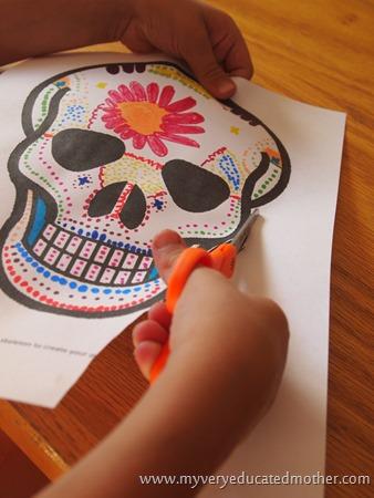 DayoftheDeadcraft4 #freeprintable #Halloween #DayoftheDeadMask #kidscraft