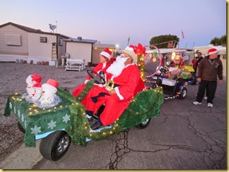 2013-12-20 - Az, Yuma - Cactus Gardens Christmas Golf Cart Parade -008