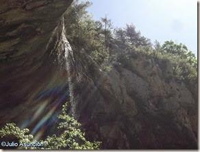 Cascada de la cueva de Azanzorea