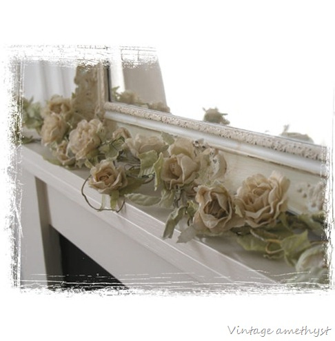 White_garland_framed