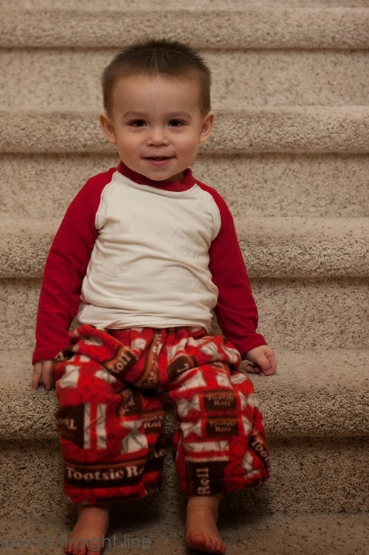 christmas pajamas sew a straight line-16