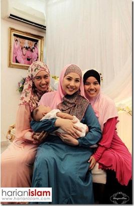irma hasmie bersama anak dan suami 4