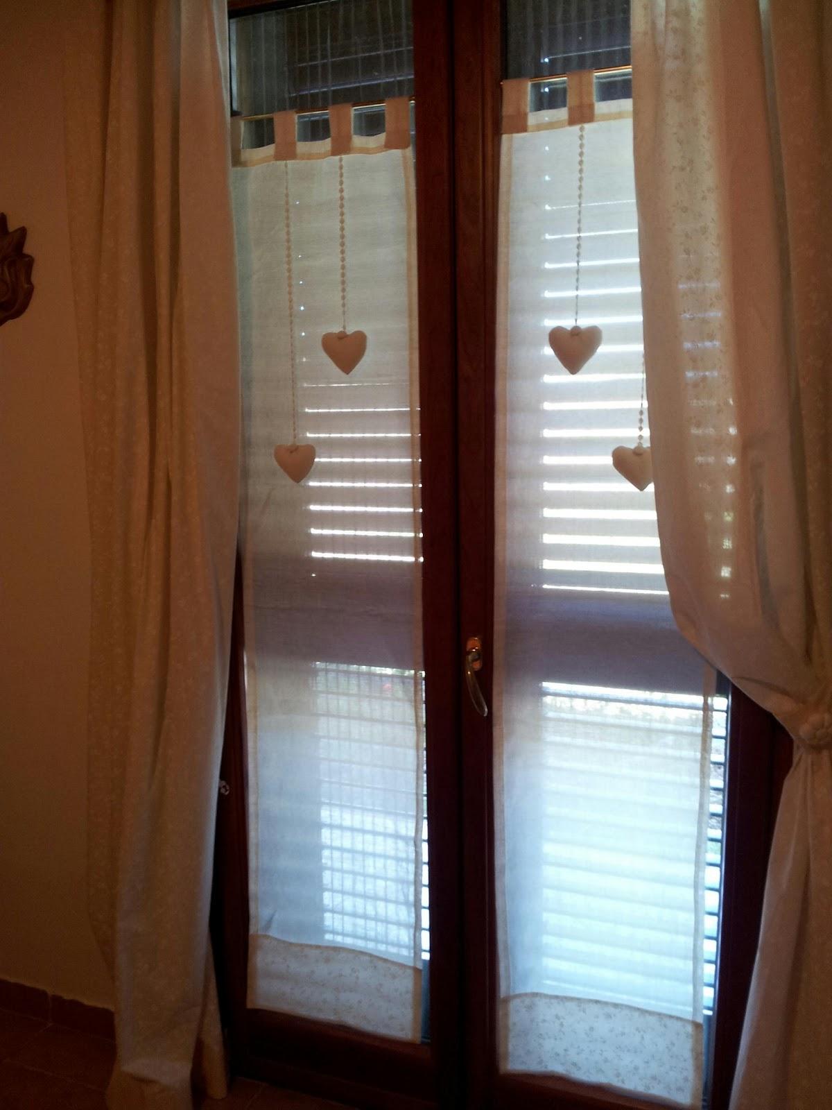 Tende con cuori imbottiti zz57 regardsdefemmes - Tende finestra camera da letto ...