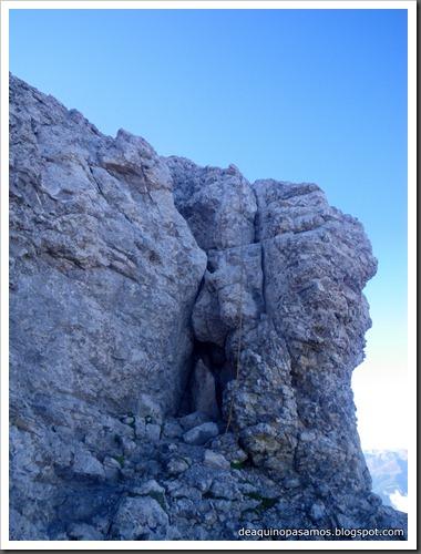 Jito Escarandi - Jierru 2424m - Lechugales 2444m - Grajal de Arriba y de Abajo (Picos de Europa) 0074