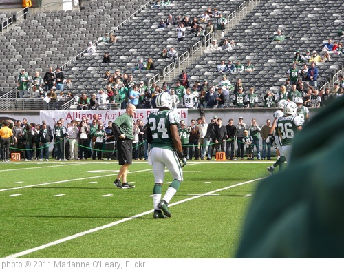 'New York Jets Defensive Back Darrelle Revis' photo (c) 2011, Marianne O'Leary - license: http://creativecommons.org/licenses/by/2.0/