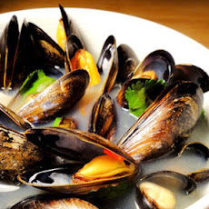 Fragrant Mussel Tom Yum Soup