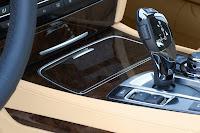 2013-BMW-7-Series-32.jpg