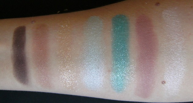 Shaka Sand eyeshadow palette swatches