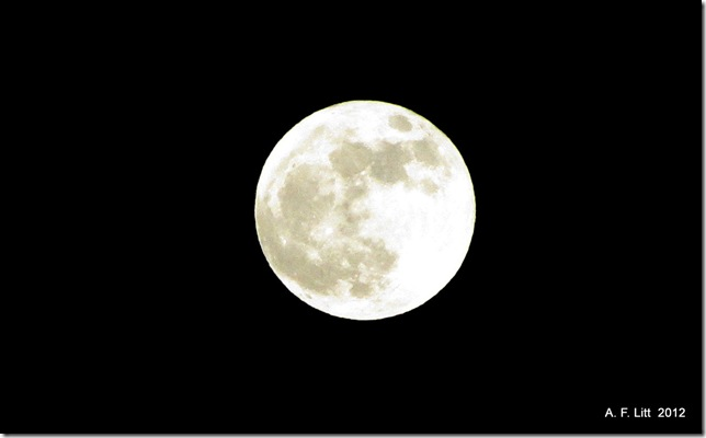 """Supermoon.""  Gresham, Oregon.  May 5, 2012.  Photo of the Day, May 5, 2012"