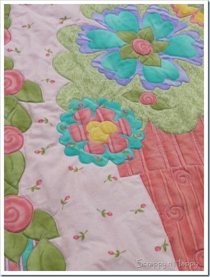 Kates quilt close up